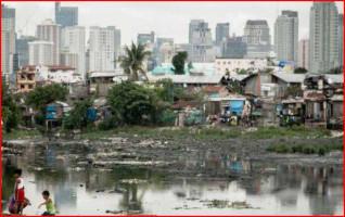 Grafik - Slum vor Wolkenkratzern