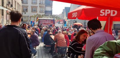 Blick vom SPD-Stand auf die Kundgebung