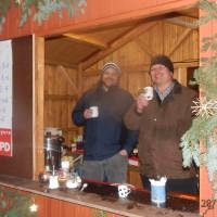 Feuerzangenbowle u.a. beim Weihnachtsmarktstand der SPD Büchenbach